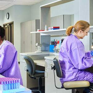 4 Signs That a Lab Technician Job Is the Right Choice for You