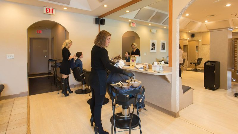 Tips To Choose CRM software for Managing a Salon & Spa