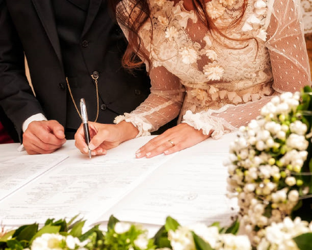 Using Your Wedding Registry To Help Fund Your Wedding