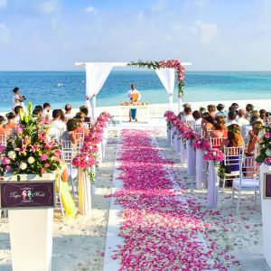 Top Choice of Decor Elements That Elevate Your Wedding Venue